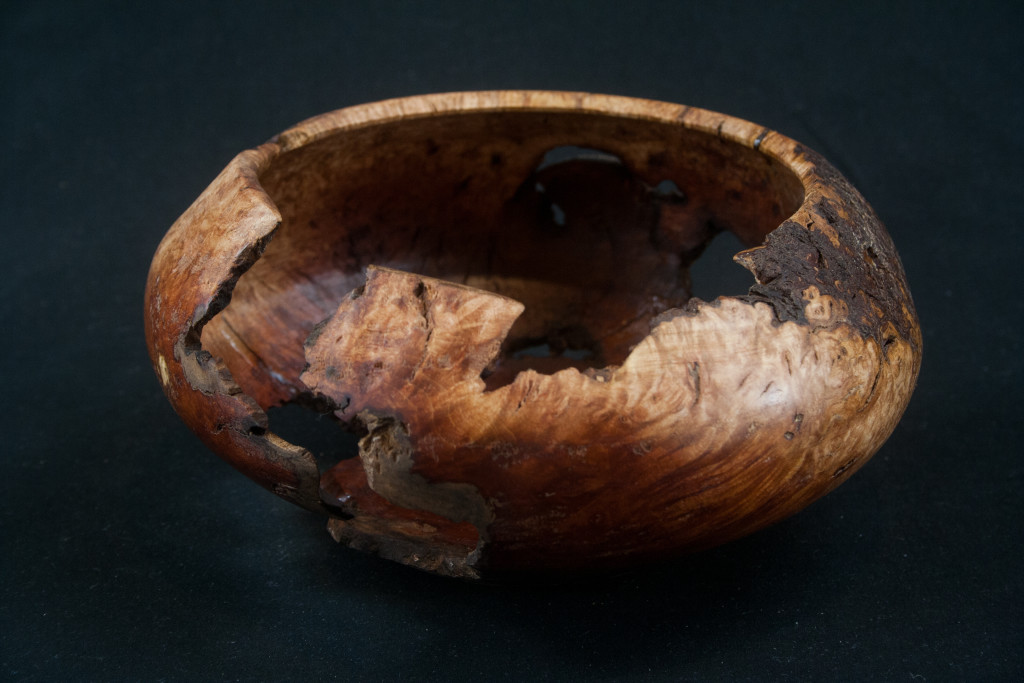 282 Manzanita Burl Bowl 6.5 X 3.....$79......SOLD