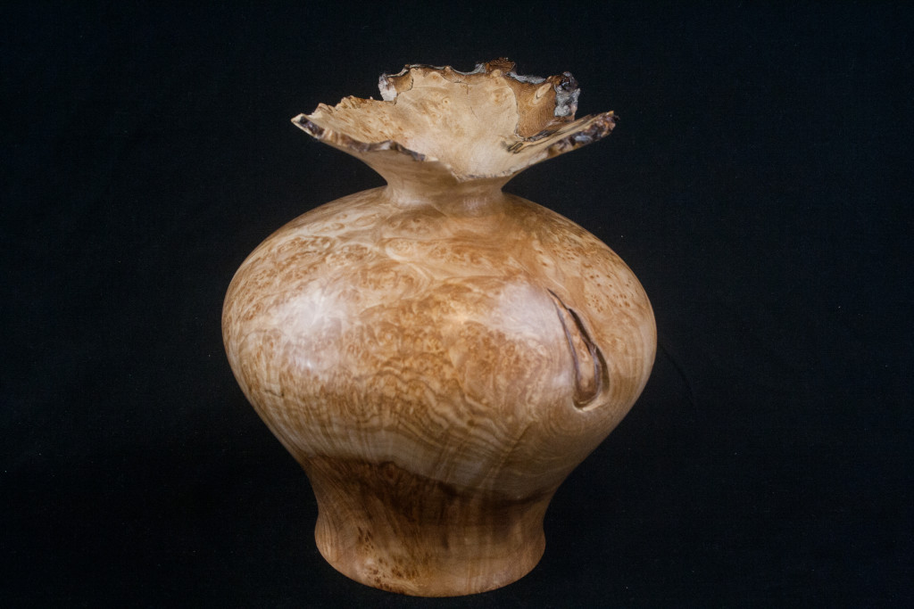 275 Maple Burl Hollow Form 6.5 X 7......$189.....SOLD
